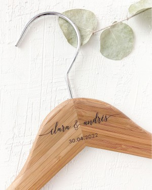 PERSONALIZED BAMBOO HANGER WITH ENGRAVED NAMES AND DATE